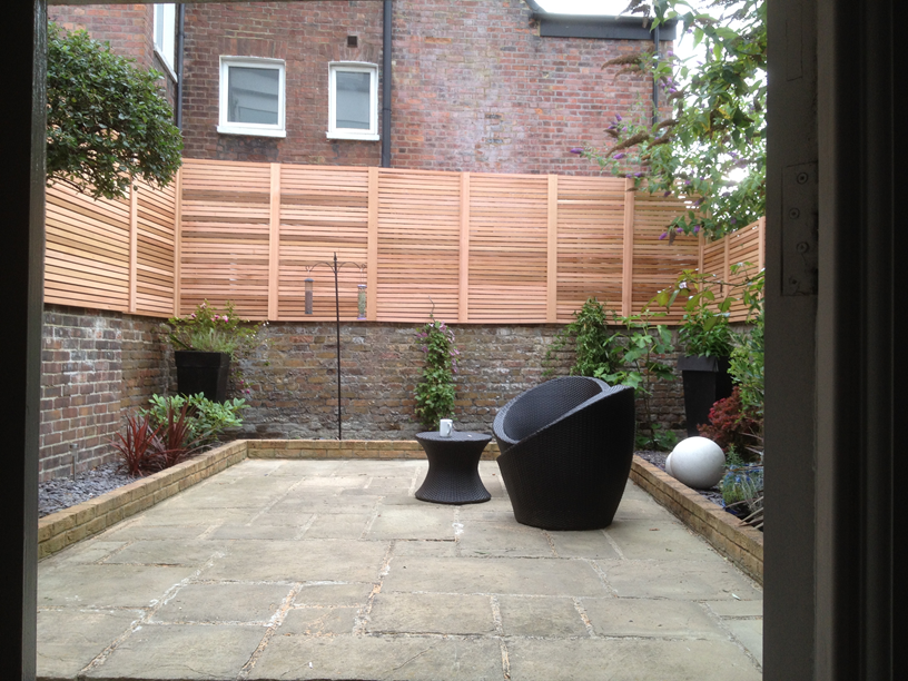 slatted screen fencing london
