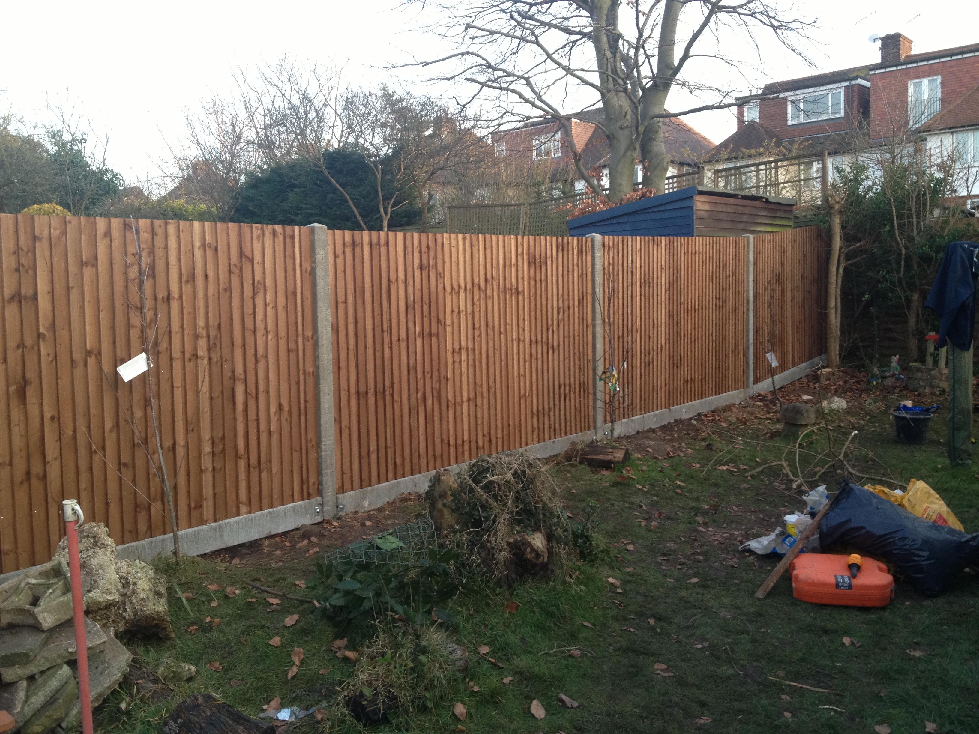 fencing contractors ealing